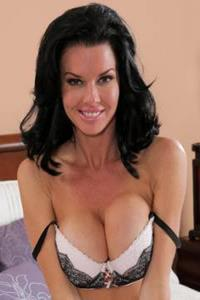 Verkommene MILF Veronica Avluv ist so in synchrone ficken in der Massagesalon